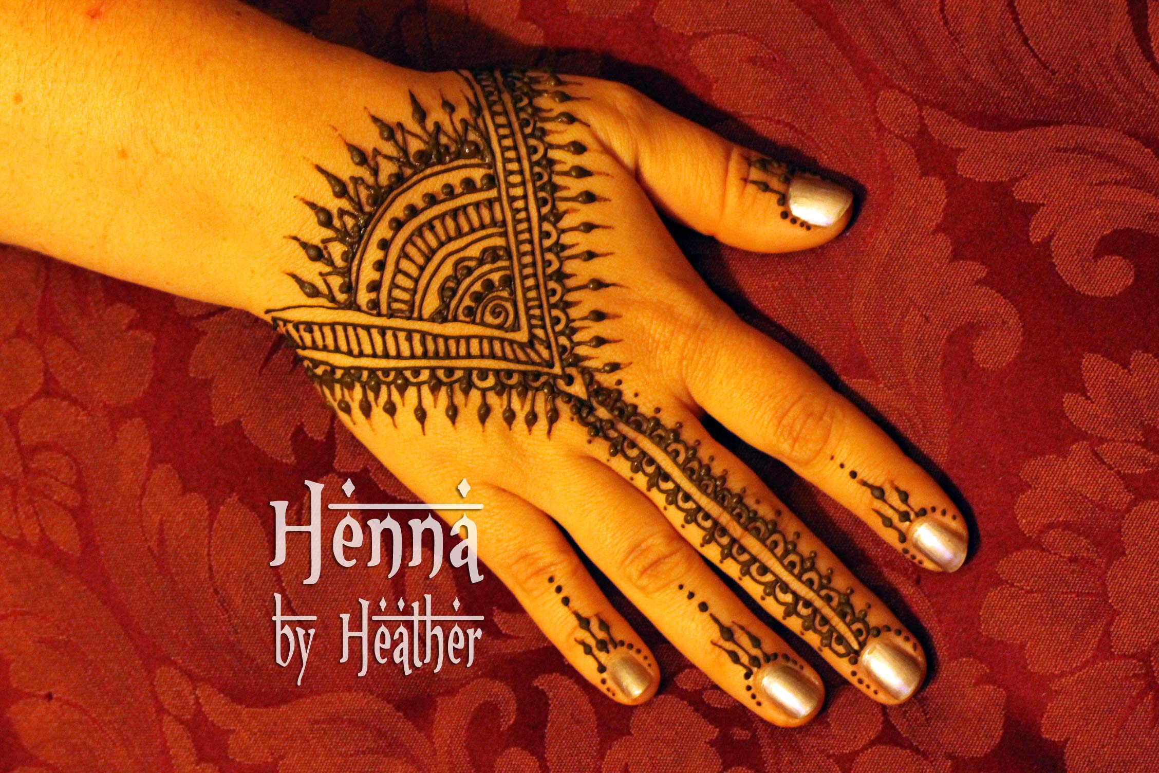 Hand Mehndi Tips : Non dominant hand henna practice tips u2013 artistic adornment